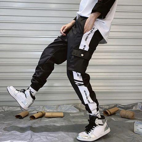 Штаны спортивные зауженные унисекс  карго M L XL хип-хоп черные узкие
