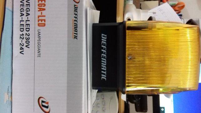 pirilampo 230v LED flash fixo ou intermitente