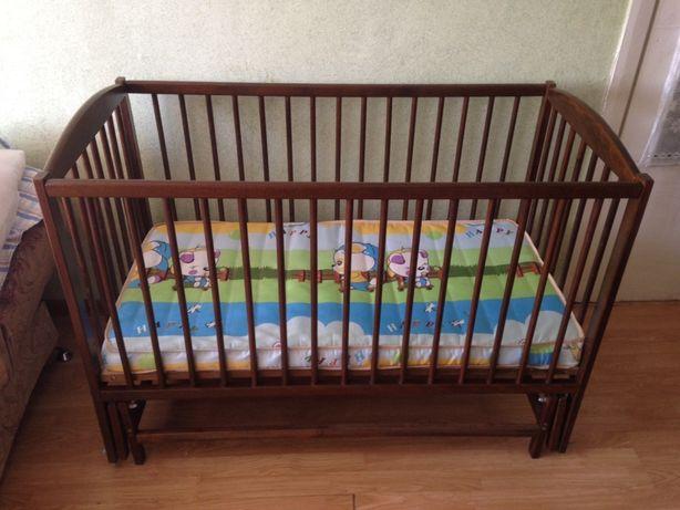 Детская кроватка с маятниковым механизмом + эко матрасик в ПОДАРОК!