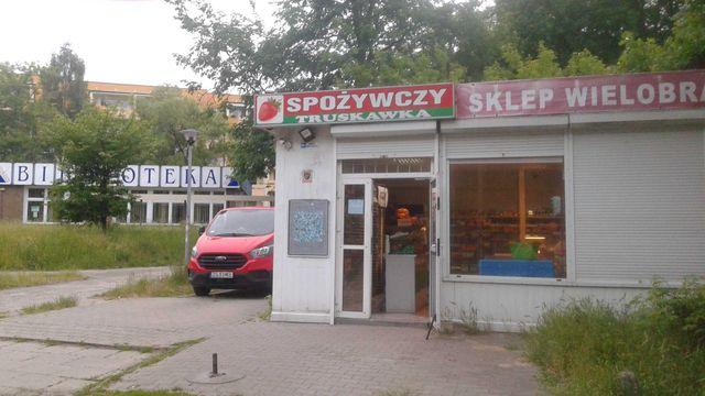 Sprzedam lokal obecnie sklep