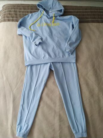 Новий спортивний костюм
