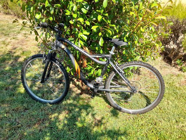 Bicicleta BTT roda 26.
