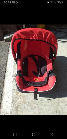 Дитяче автокрісло Ferrari