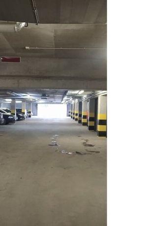 Miejsce postojowe w garażu podziemnym, ul. Zalewskiego 1