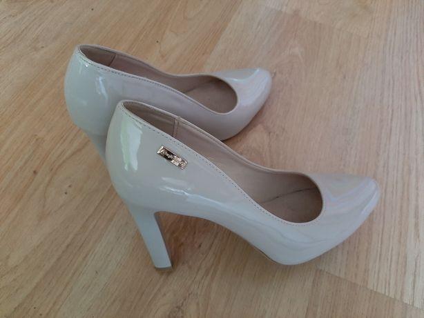 Piękne buty rozmiar 37
