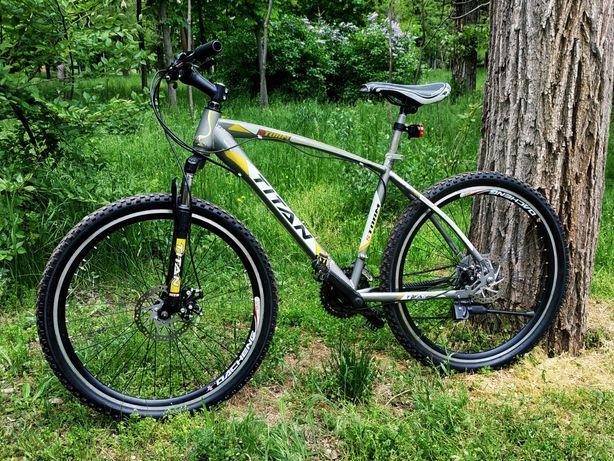 Велосипед Titan Storm 26 на Shimano, дисковые тормоза, с документами