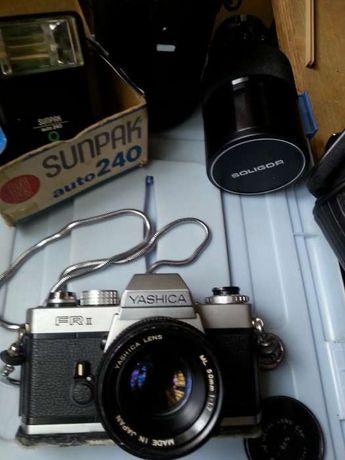Yashica, objectiva 200mm, flash novo, por falta de uso