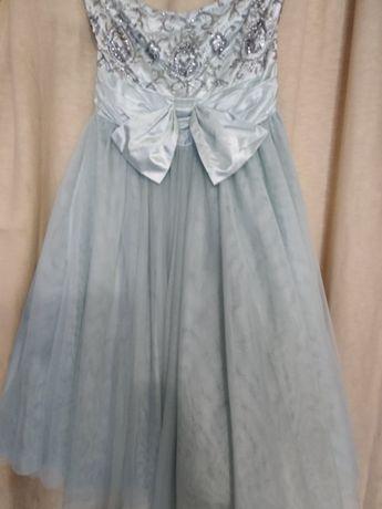 Платье на выпускной12 размер