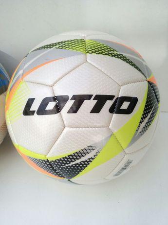 Bola de futebol Lotto, nova