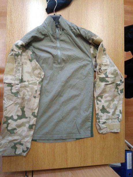 Pustynny Combatshirt i kapelusz