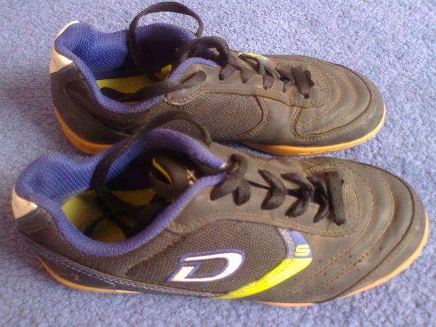 Кроссовки Demix размер 35.