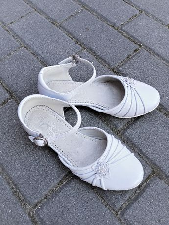 Buty 34 komunia białe pantofle skórzane 22 cm Badoxx
