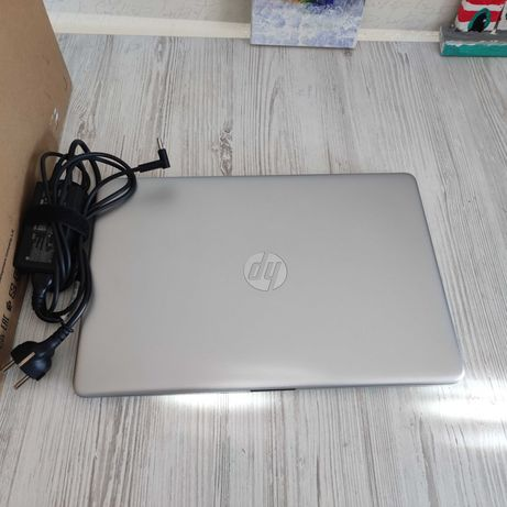 Ноутбук HP Pavilion15 Ryzen 7 4700U RAM 16 ssd 512ГБ Radeon Vega 10