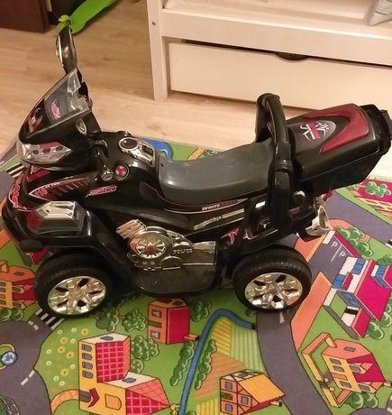 Motor, kład zabawki