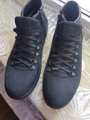Ботинки, кроссовки Braska