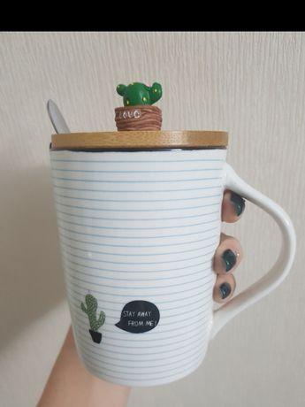 Интересная чашка с кактусом и ложкой на подарок