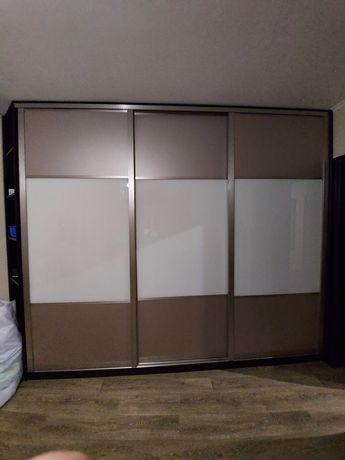 Шкаф-купе встроенный, мдф, стекло