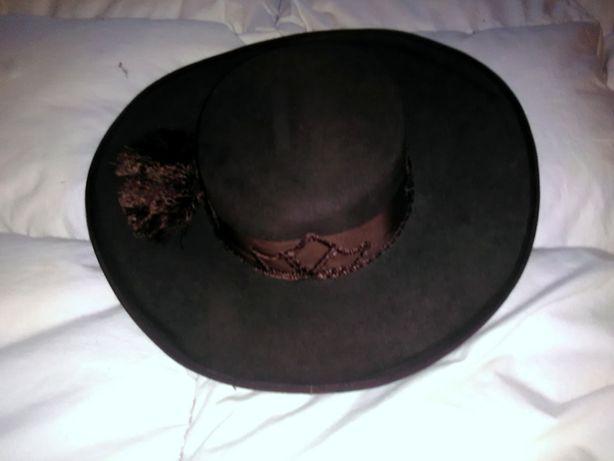 chapeus para montaria espanhola e a portuguesa novos
