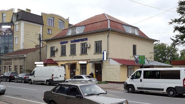 ПРОДАЄТЬСЯ КІМНАТА в центрі м.Снятин!!! (під офіс, кабінет і т.п.)