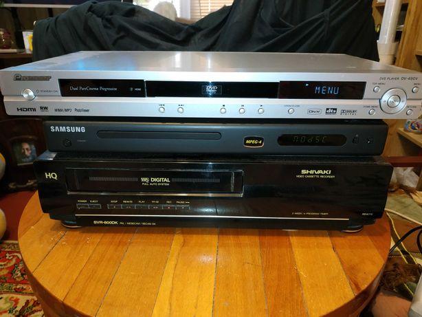 Видеомагнитофон Shivaki VHS.