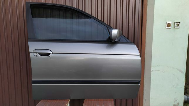 Drzwi przednie prawe STERLINGGRAU BMW E39