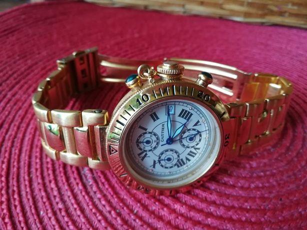 Piękny zegarek CARTIER de Pasha .