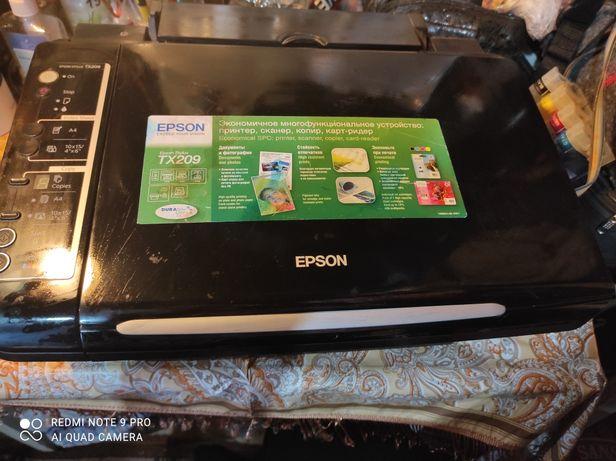 Цветной принтер Epson TX208