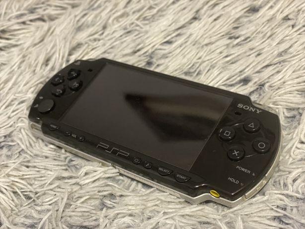 Sony PSP 2k Slim Black 32GB PRO-C Gry!