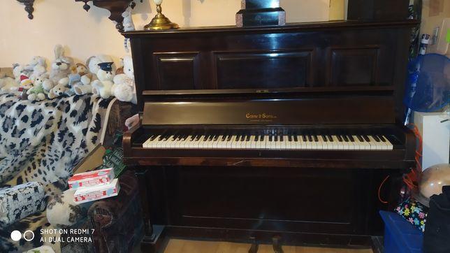 Pianino stare Angielskie