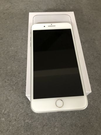 Продам iphone 8 plus silver 64GB