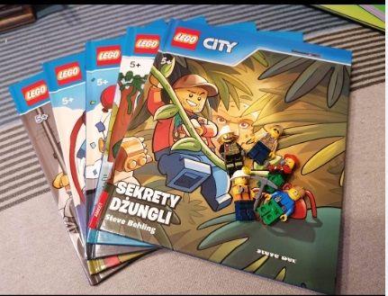 Książeczki Lego + 5 ludzików