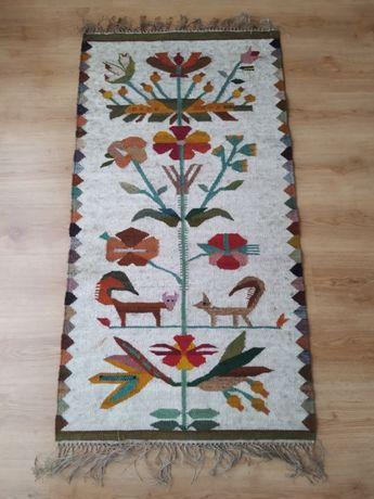 Nowy piękny kilim, rękodzieło. 100% wełna. Wymiary: 139 cm x 73 cm