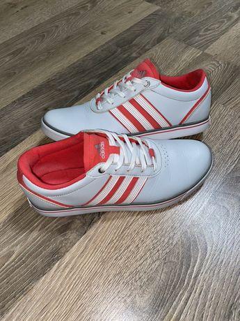 Кроссовки Adidas кожа 38,5р