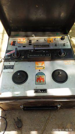 Бобиннный магнитофон erda