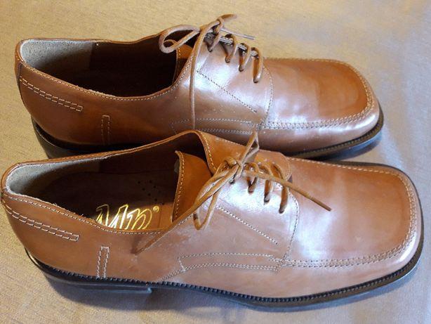 Sapatos em Pele Camel