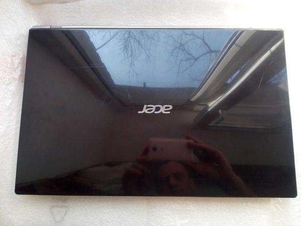 Недорого ! Ноутбук Acer V3-731 Core i5 2520m/ 4гб DDR3/ 1000 гб диск