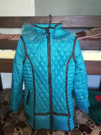 Зимняя куртка на девочку подростка