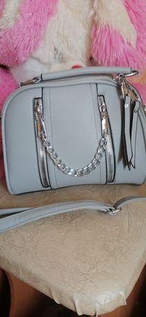 Шикарная новая фирменная сумочка