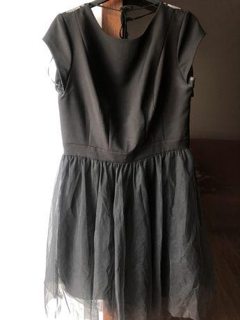Sukienka czarna tiulowa