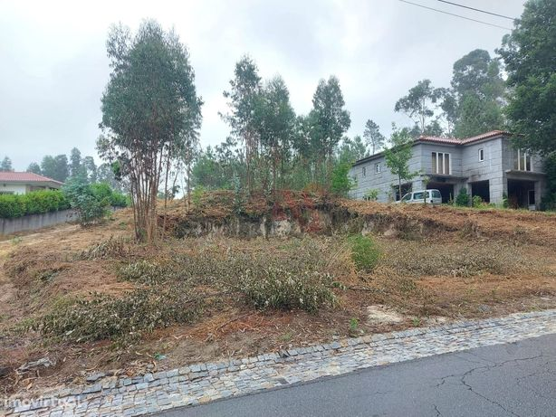 Terreno para construção com 600 m2 em Regadas, Fafe