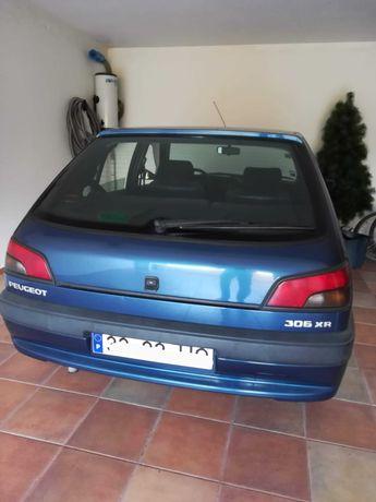 Peugeot 306 XR, gasolina 1124cc. Rio Maior