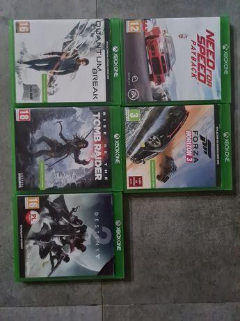 Gry na Xbox One, do kupienia razem bądź osobno.