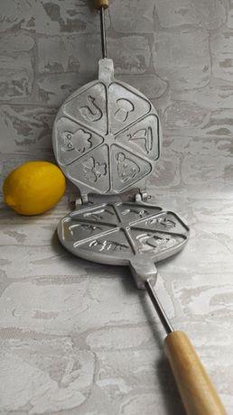 Форма газовая для детского печенья (орешница, вафельница, сковорода)