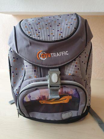 Эргономичный рюкзак Zibi для школьника
