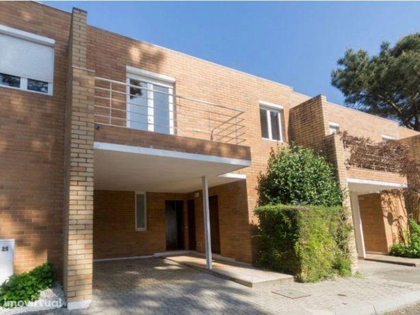 Moradia V3 no Condomínio Privado Quinta da Barca- Esposende