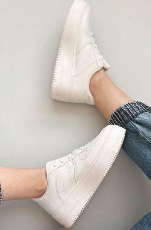 Продам новые кроссовки/криперы