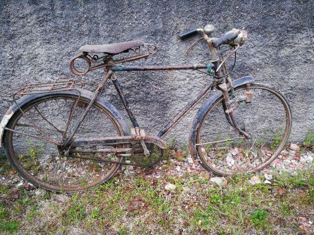"""Bicicletas antigas """"ler anúncio com atenção"""""""