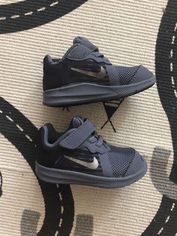 Nike r.20/21 długość wkładki 11 cm