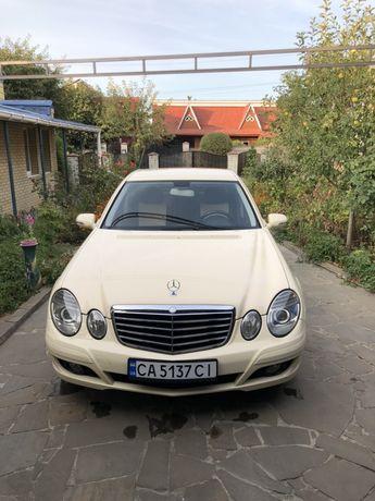 Mercedes-Benz w211 E200, E220