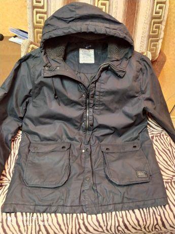 Куртка большая стильная